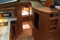 Sabre 45 Salon Express - Interior