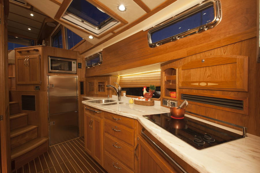 Images of the Sabre 48 motor yacht made in Maine. Interior and exterior details | Sabre Yachts
